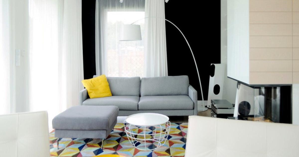 Как создать идеальную белую квартиру в стиле минимализм: пример для семейной пары