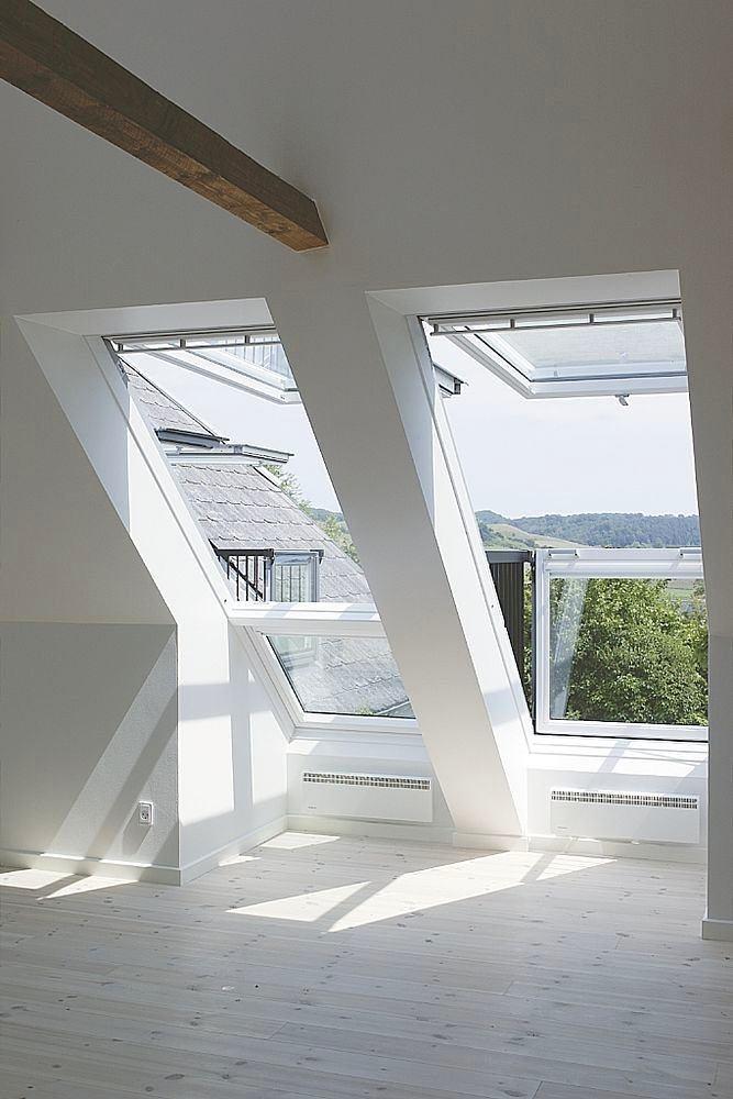 Балкон, веранда, патио в цветах: серый, светло-серый, белый, темно-зеленый, бежевый. Балкон, веранда, патио в стиле минимализм.