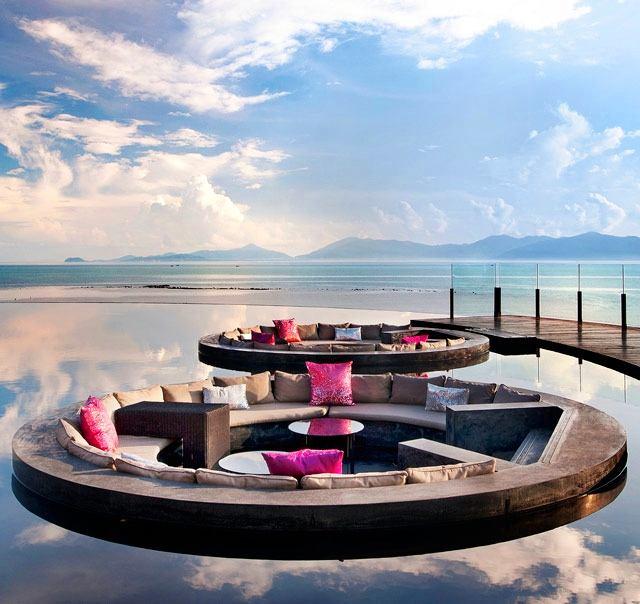 Бассейн, баня, сауна в цветах: голубой, черный, серый, белый. Бассейн, баня, сауна в стиле минимализм.