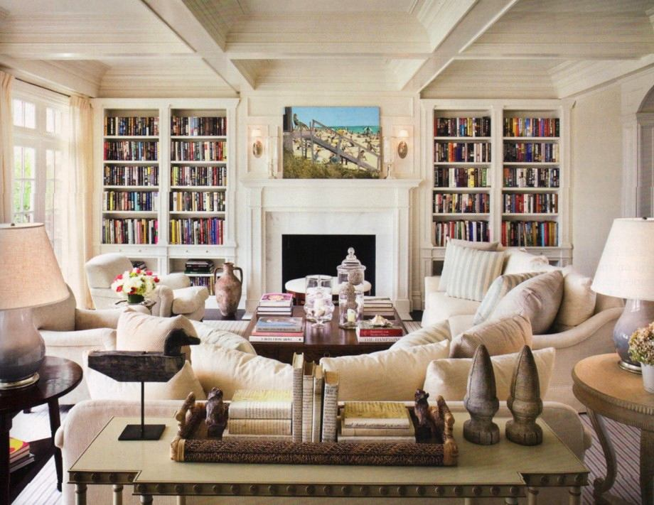 Гостиная, холл в цветах: серый, светло-серый, белый, коричневый, бежевый. Гостиная, холл в стиле французские стили.