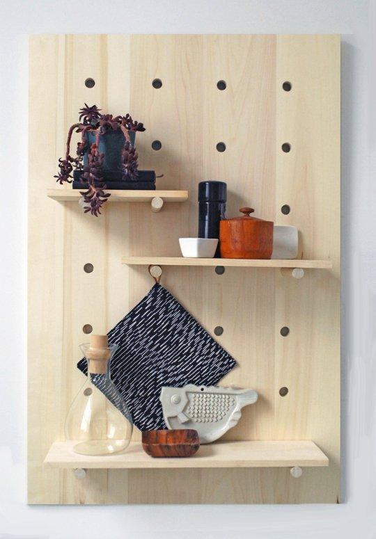 Мебель и предметы интерьера в цветах: серый, светло-серый, бежевый. Мебель и предметы интерьера в стиле экологический стиль.