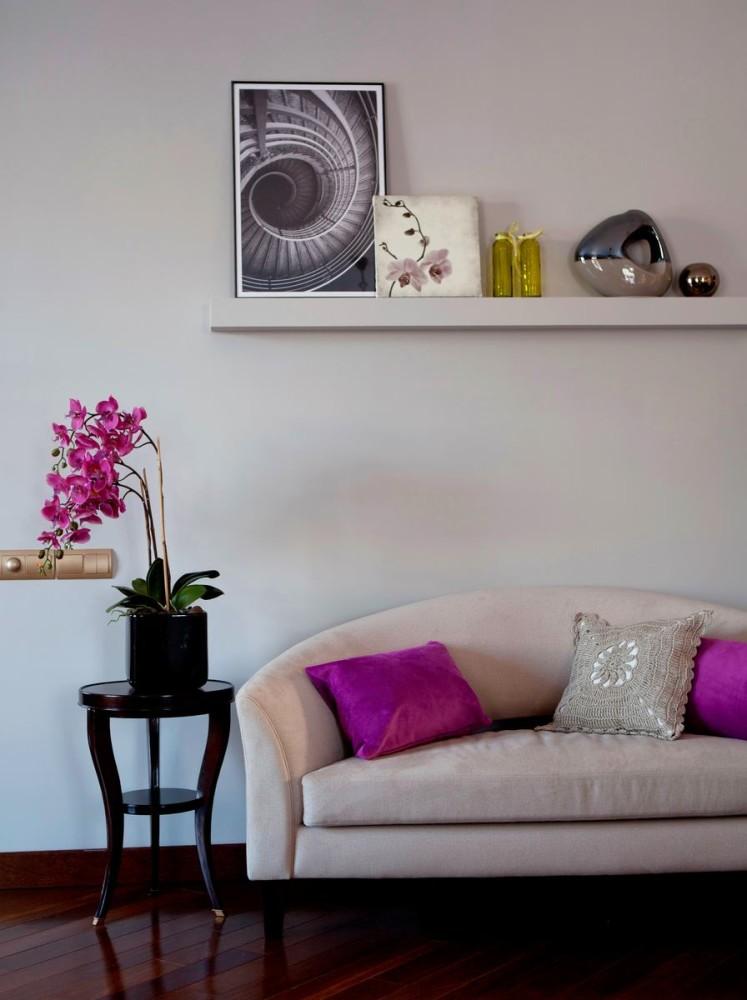 Гостиная, холл в цветах: черный, серый, бордовый, бежевый. Гостиная, холл в стиле модерн и ар-нуво.