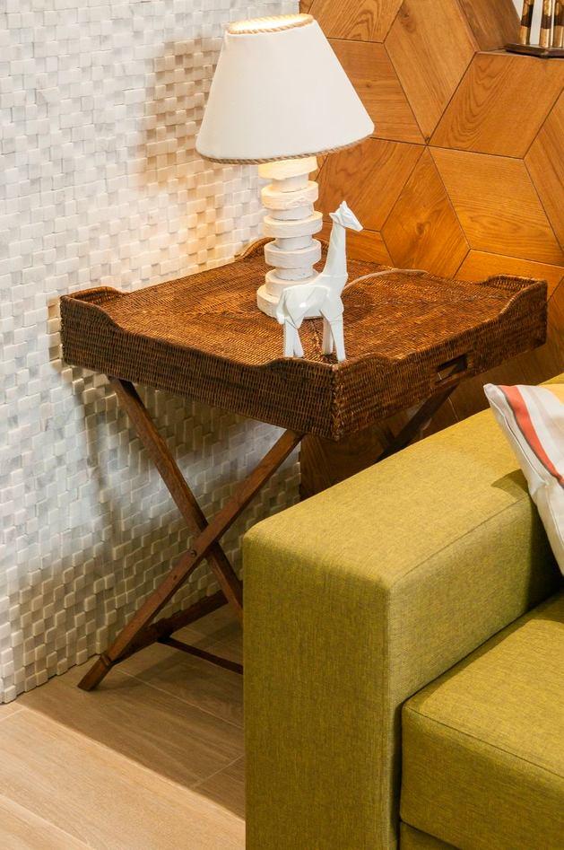 Мебель и предметы интерьера в цветах: белый, салатовый, темно-коричневый, коричневый, бежевый. Мебель и предметы интерьера в стиле экологический стиль.
