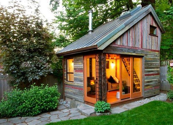 Архитектура в цветах: серый, темно-зеленый. Архитектура в стиле экологический стиль.