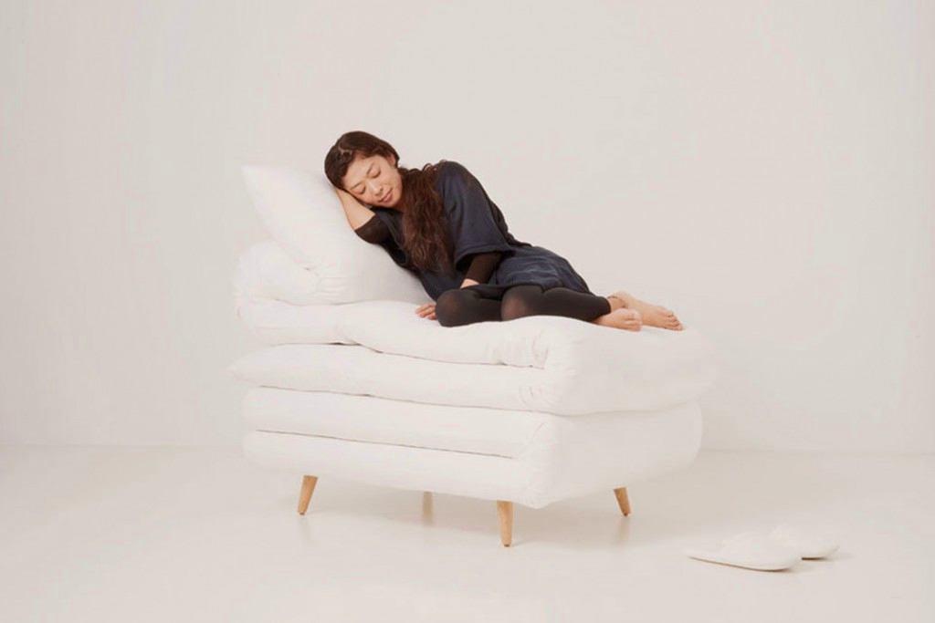 Мебель и предметы интерьера в цветах: черный, серый, белый, темно-коричневый. Мебель и предметы интерьера в стиле минимализм.