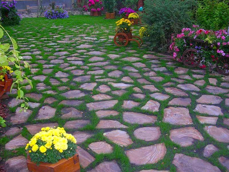 Ландшафт в цветах: серый, розовый, лимонный, темно-зеленый, сине-зеленый. Ландшафт в стиле экологический стиль.