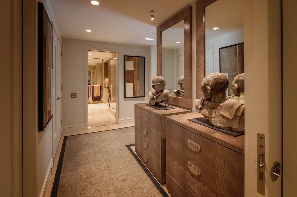Мебель и предметы интерьера в цветах: серый, темно-коричневый, коричневый, бежевый. Мебель и предметы интерьера в стилях: этника, эклектика.