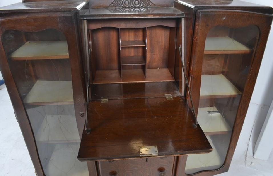 Мебель и предметы интерьера в цветах: серый, светло-серый, темно-коричневый, коричневый. Мебель и предметы интерьера в стилях: английские стили.