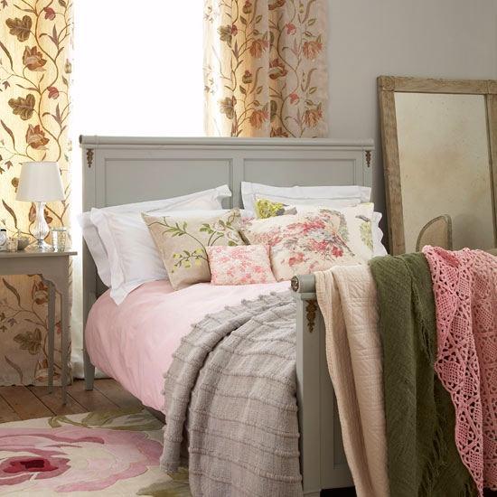 Мебель и предметы интерьера в цветах: серый, светло-серый, белый. Мебель и предметы интерьера в стилях: французские стили.