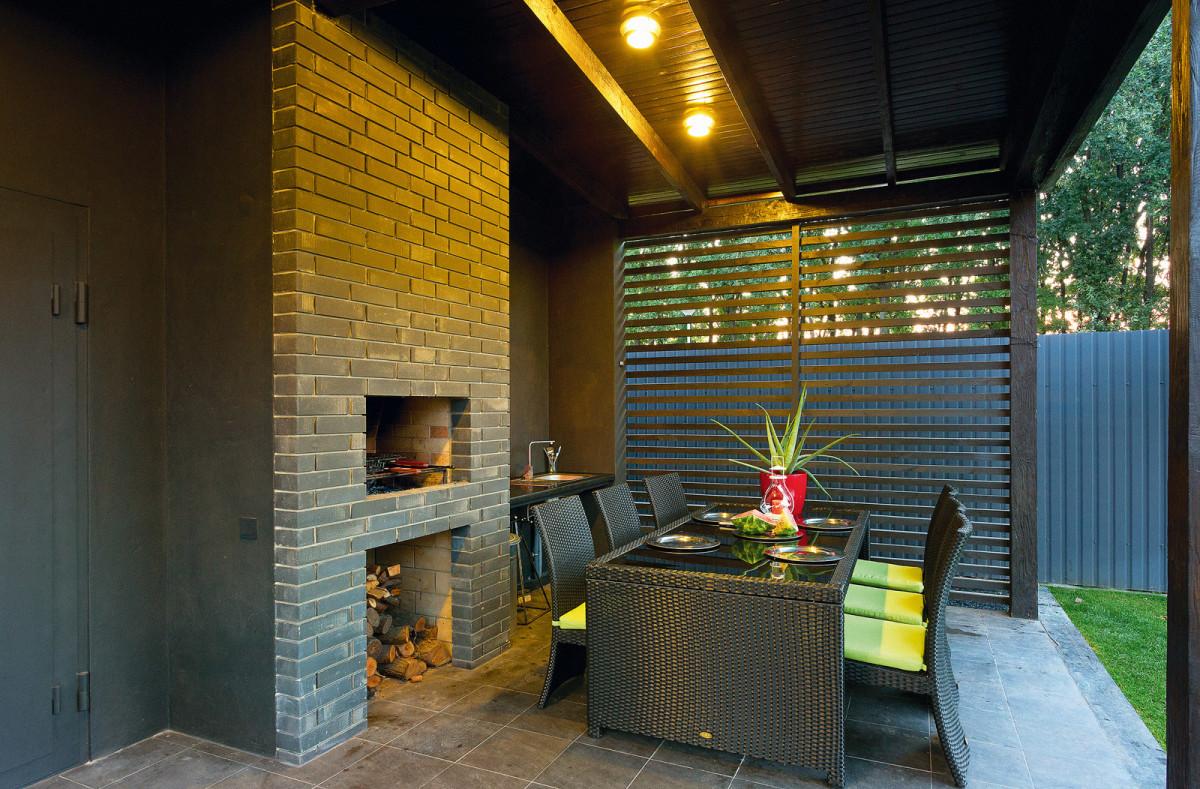 Балкон, веранда, патио в цветах: серый, темно-зеленый, бежевый. Балкон, веранда, патио в стиле экологический стиль.