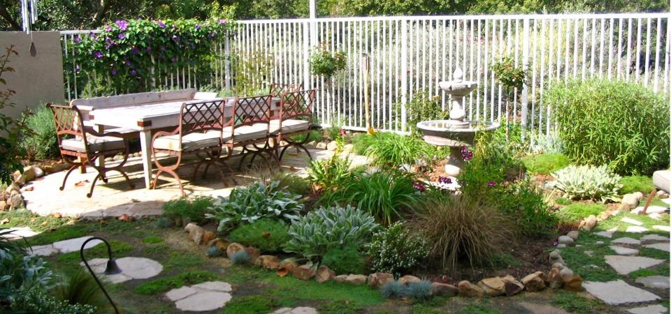 Мал, да удал: 8 советов о том, как благоустроить маленький дворик