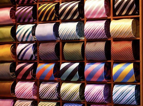 в  цветах:   Бежевый, Коричневый, Светло-серый, Темно-коричневый, Черный.  в  .
