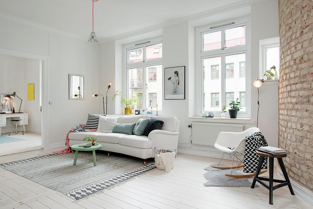 Гостиная в  цветах:   Бежевый, Белый, Светло-серый, Серый.  Гостиная в  стиле:   Скандинавский.