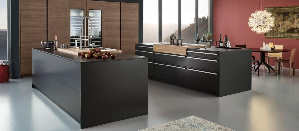 Кухня/столовая в  цветах:   Коричневый, Светло-серый, Серый, Темно-коричневый, Черный.  Кухня/столовая в  стиле:   Минимализм.