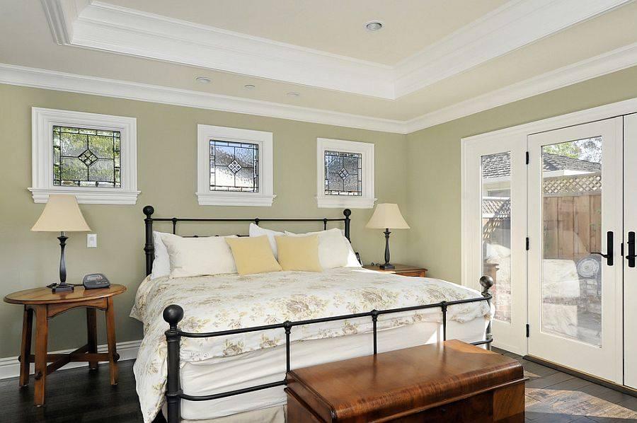 Спальня в  цветах:   Бежевый, Светло-серый, Серый, Черный.  Спальня в  стиле:   Классика.