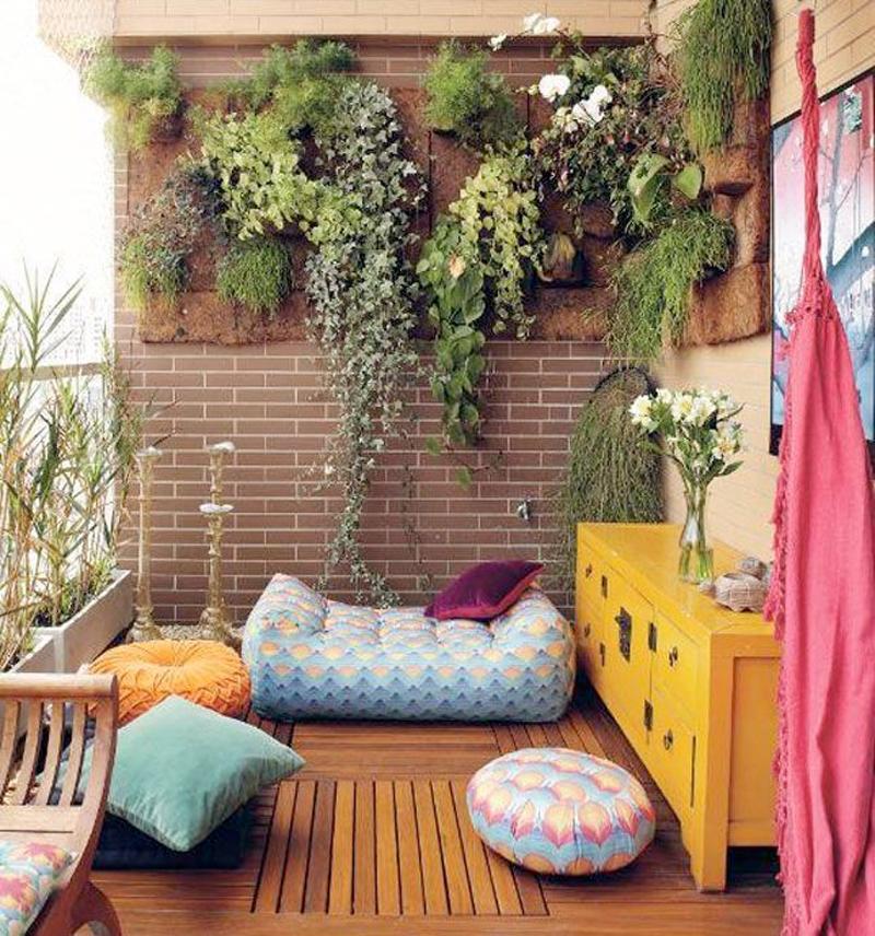 Балкон в  цветах:   Бежевый, Коричневый, Светло-серый, Серый, Темно-коричневый.  Балкон в  стиле:   Минимализм.