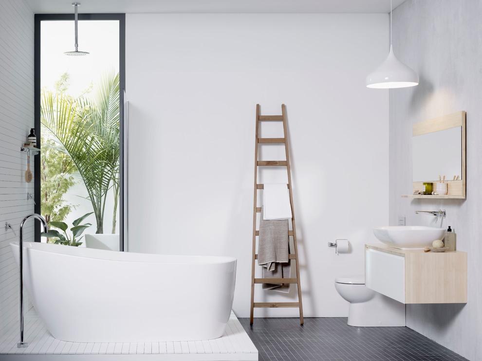 Как хранить полотенца в ванной: 9 удобных вариантов