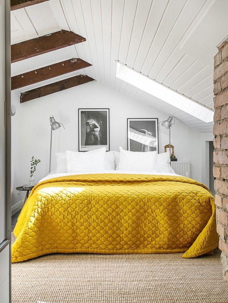 Спальня в  цветах:   Бежевый, Белый, Желтый, Коричневый, Светло-серый.  Спальня в  стиле:   Скандинавский.