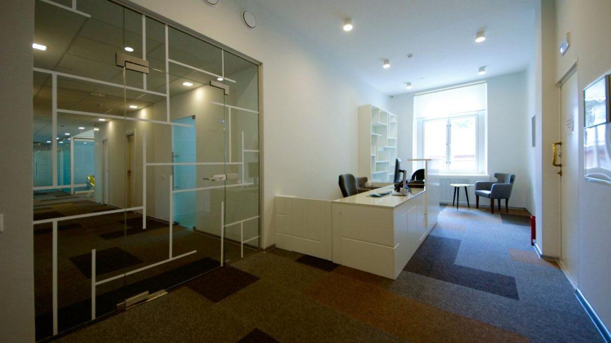 Многофункциональный и уютный офис-трансформер с мебелью из ИКЕА