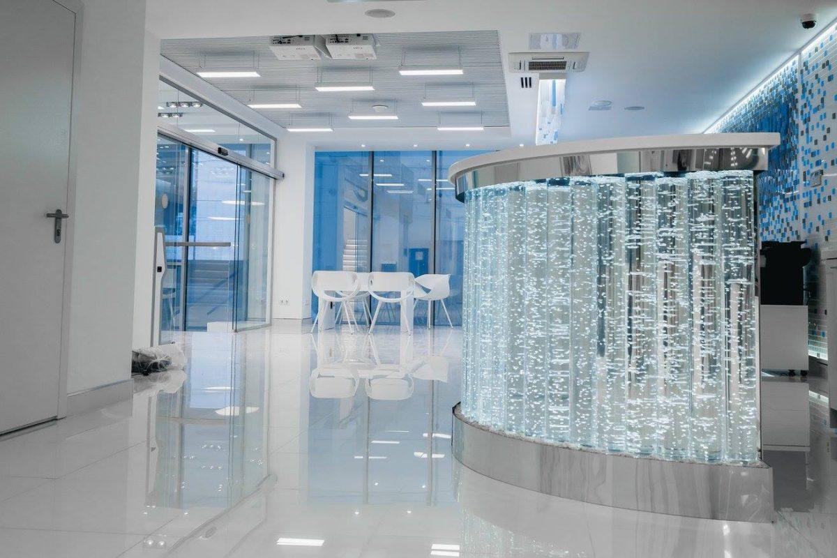 Офис в  цветах:   Бирюзовый, Светло-серый, Серый.  Офис в  стиле:   Хай-тек.