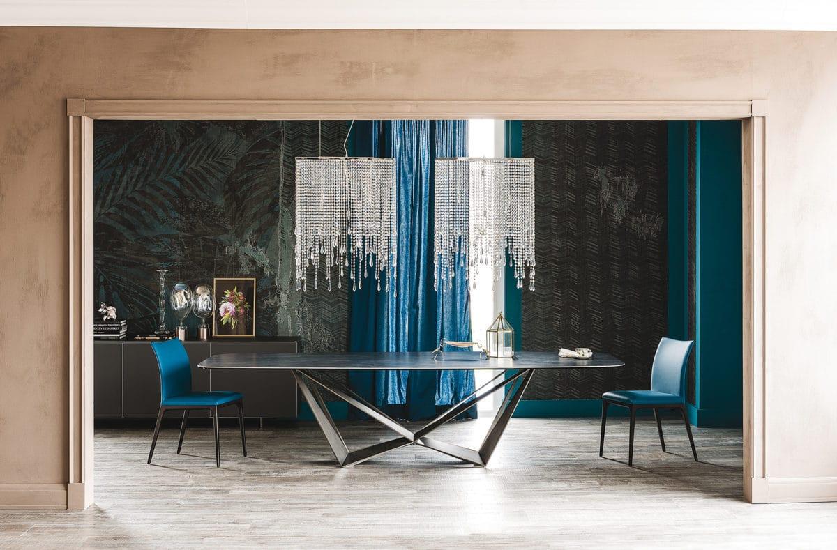 Кухня/столовая в  цветах:   Бежевый, Белый, Светло-серый, Синий, Черный.  Кухня/столовая в  стиле:   Минимализм.