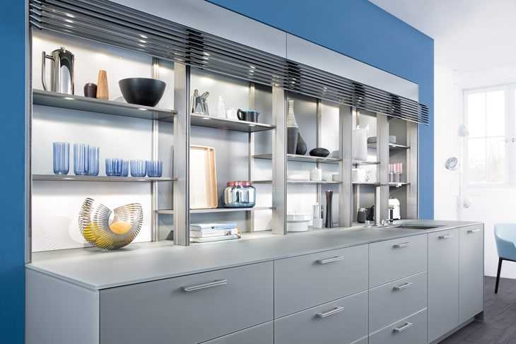 Кухня/столовая в  цветах:   Белый, Бирюзовый, Светло-серый, Серый.  Кухня/столовая в  стиле:   Минимализм.
