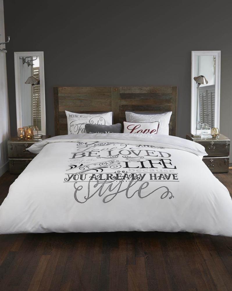 Спальня в  цветах:   Светло-серый, Серый, Темно-коричневый.  Спальня в  стиле:   Лофт.