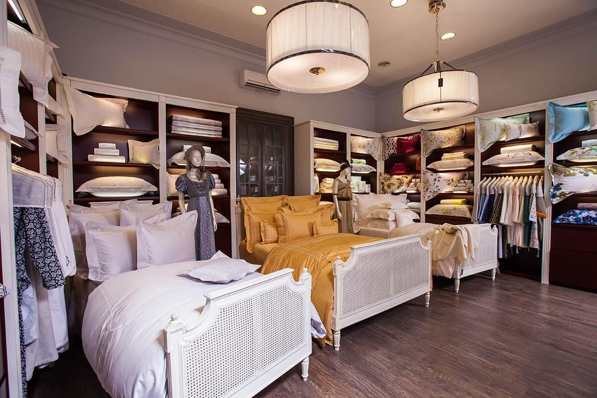 Новые коллекции постельного белья в Yves Delorme