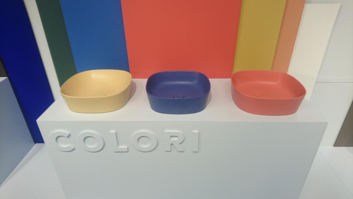 в  цветах:   Бирюзовый, Коричневый, Красный, Салатовый, Фиолетовый.  в  .