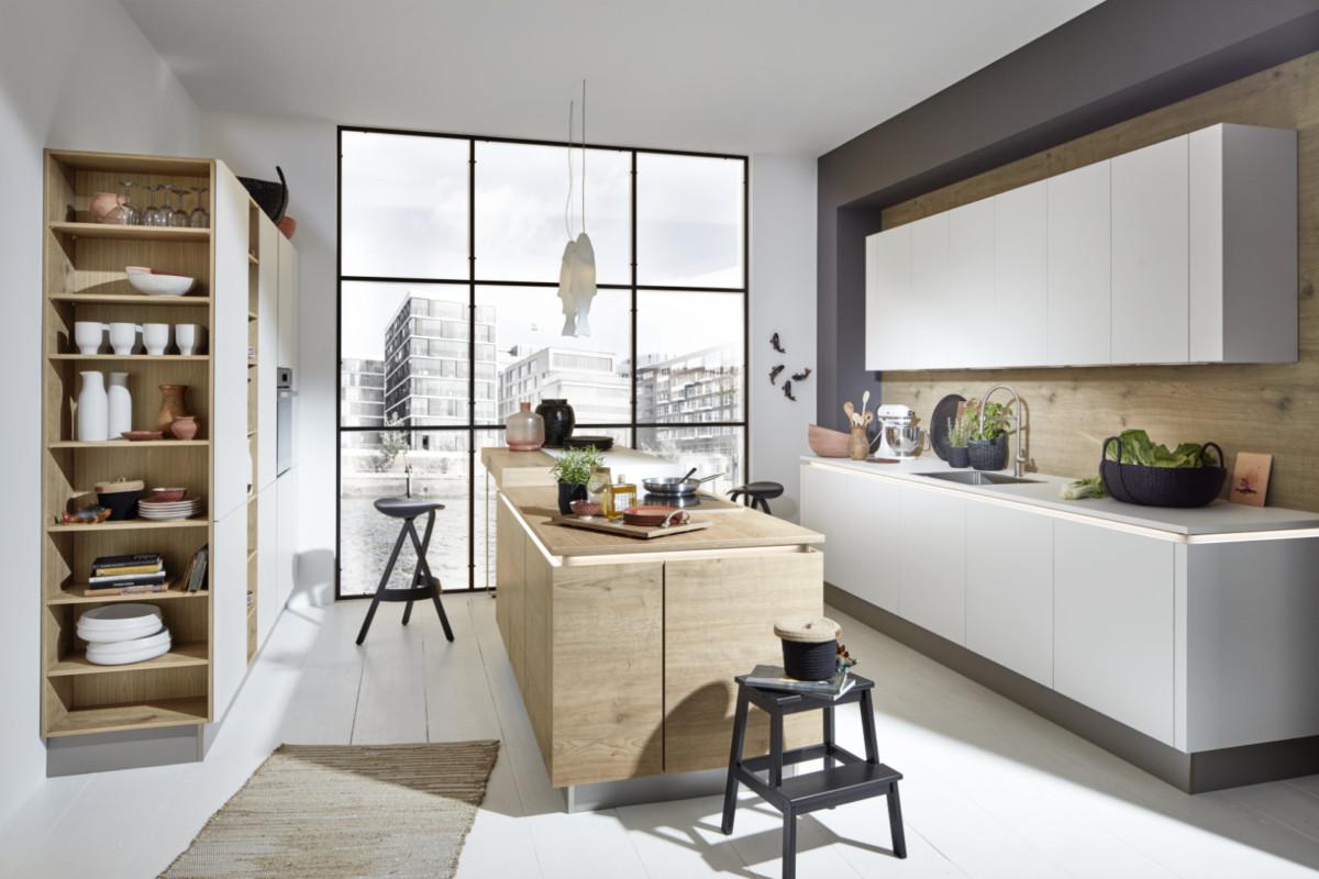 10 современных деревянных кухонь на любой вкус