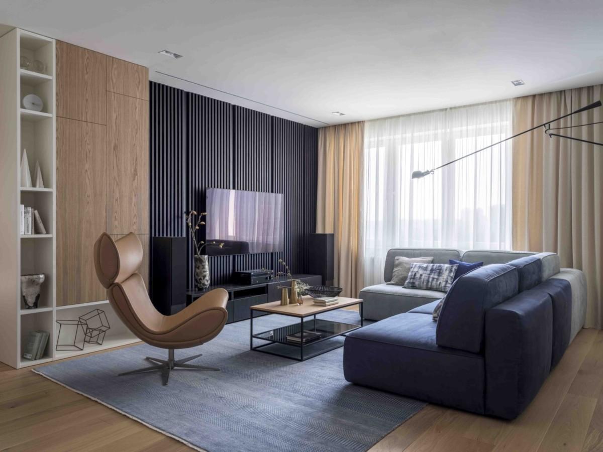 Очень практичный интерьер большой современной квартиры
