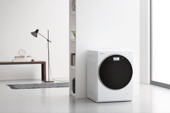 Новая стиральная машина, которая работает бесшумно