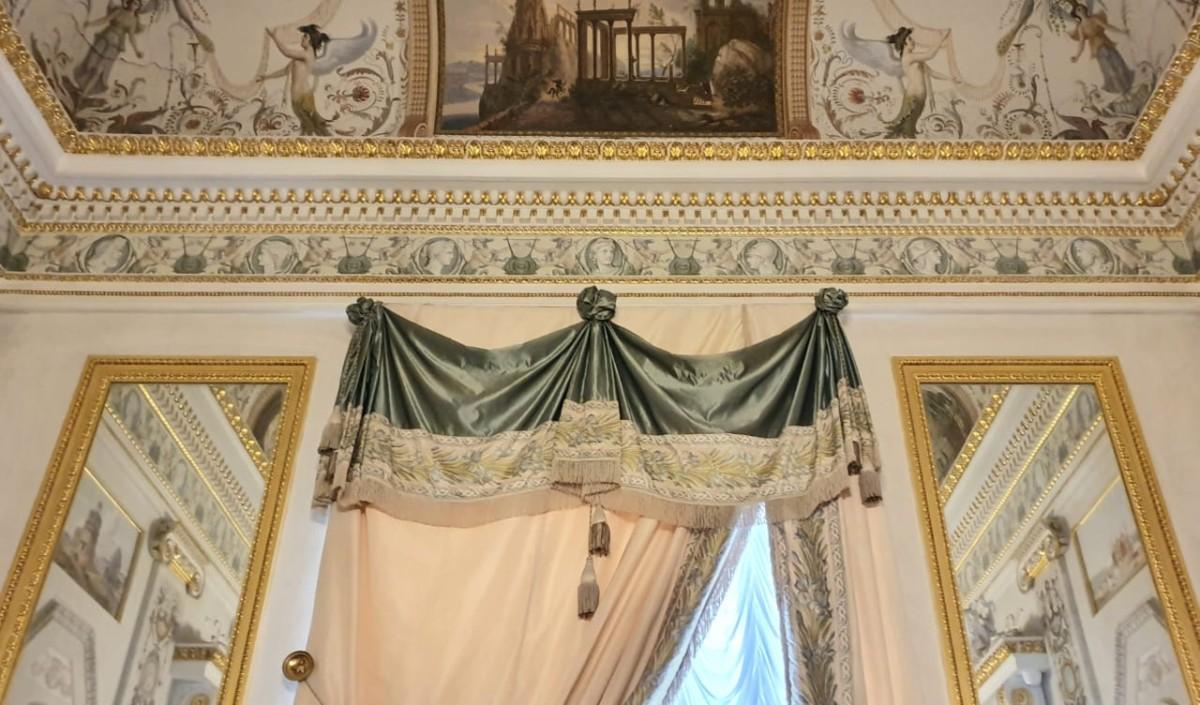 Интерьерный текстиль: классицизм VS ампир