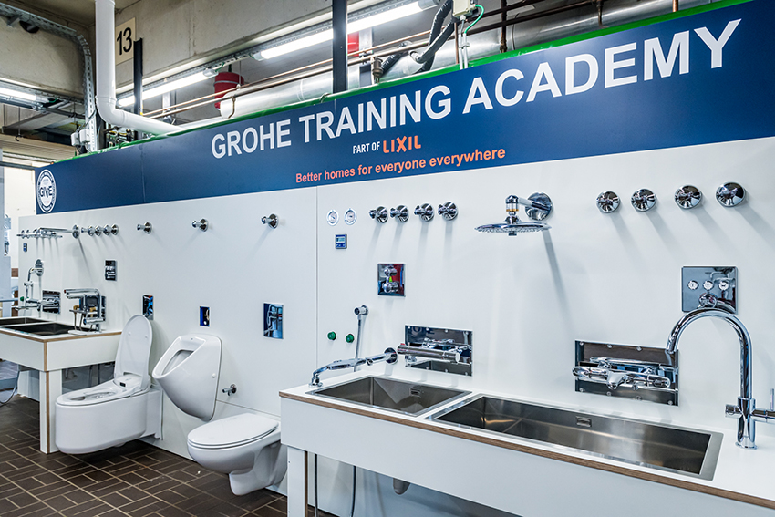 Grohe обучает молодёжь востребованной профессии